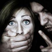 Pornoseite macht sich über Vergewaltigungen lustig (Foto)