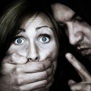 Mann rettet Tochter vor möglichem Vergewaltiger (Foto)