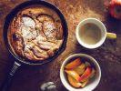 Eine luftige Leckerei aus dem Backofen: Dieser Pfannkuchen ist in nur 15 Minuten fertig. (Foto)