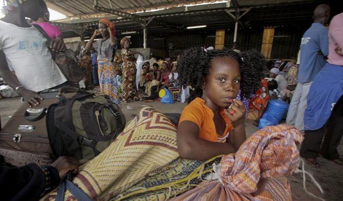 Eine Million Menschen in Elfenbeinküste auf der Flucht (Foto)