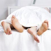 Zu dick für Sex? Übergewicht schadet Sexleben (Foto)