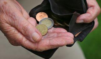 Eine neue Statistik zeigt, dass Mütter weniger Rente bekommen als Frauen ohne Kinder (Symbolbild). (Foto)