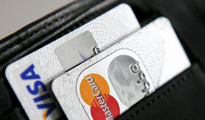 Einsatz der Kreditkarte darf im EU-Ausland nicht mehr kosten (Foto)