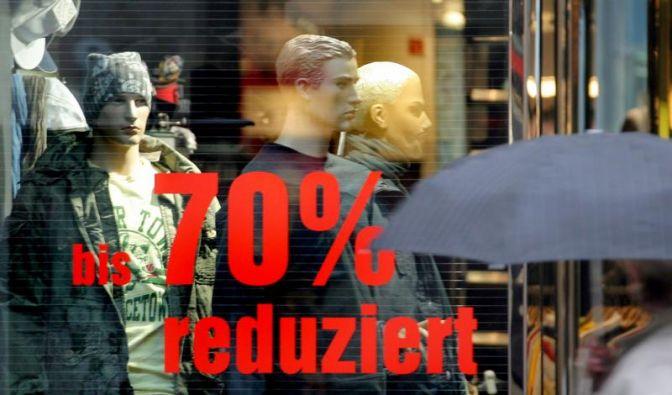 Einzelhändler locken nach Weihnachten mit Rabatten (Foto)