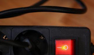 Elektrogeräte vor dem Urlaub vom Netz nehmen (Foto)