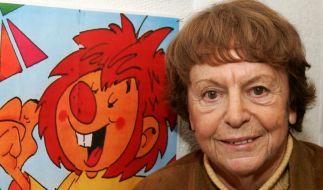 """24.09. - Ellis Kaut (94): Die gelernte Schauspielerin, Bildhauerin und Autorin schuf vor mehr als 50 Jahren den rothaarigen Klabautermann Pumuckl. Generationen sind in Europa und sogar in China mit """"Meister Eder und sein Pumuckl"""" groß geworden. (Foto)"""
