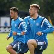 EM-Qualifikationsspiel gegen Polen: Özil und Reus im Training. (Foto)
