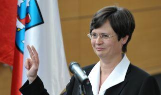 Ende eines spannenden Wahltages: Christine Lieberknecht (CDU) bei ihrer Vereidigung. (Foto)