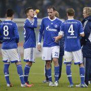 Enttäuschte Schalker: Nach der Niederlage gegen Mainz ist der DFB-Pokal für sie Geschichte.