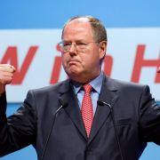 Er will beweisen, dass er nichts zu verbergen hat: SPD-Kanzlerkandidat Peer Steinbrück.