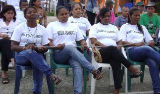 Erfolgreicher Sex-Streik für eine Straße (Foto)