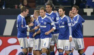 Erleichterte Schalker. (Foto)