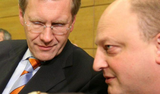 Ermittlungen gegen Wulffs Ex-Sprecher aufwendig (Foto)