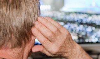 Erschöpfung und Kopfschmerzen durch Hörprobleme (Foto)