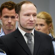 Beim Prozess gegen den Massenmörder Anders Behring Breivik sagte heute erstmals eine Überlebende des Massakers auf der Insel Utøya aus.