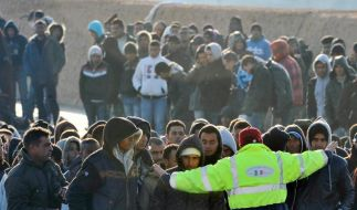 EU bietet Italien Hilfe im Flüchtlingsdrama an (Foto)
