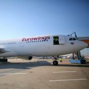 33 Stunden! Deutsche Flugpassagiere sitzen in Thailand fest (Foto)