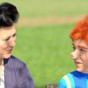 Eva Mattes (links) und Christine Urspruch (als Sams) standen gerade für die dritte Sams-Verfilmung Sams im Glück vor der Kamera.