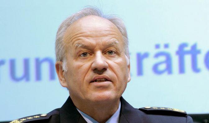 Ex-Bundespolizei-Chef nennt Entlassung «einmalig würdelos» (Foto)