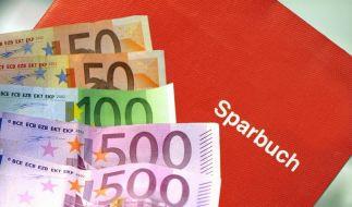 EZB-Direktor Jörg Asmussen beruhigt vor Griechenlandwahl: Das Geld der Deutschen sei sicher. (Foto)