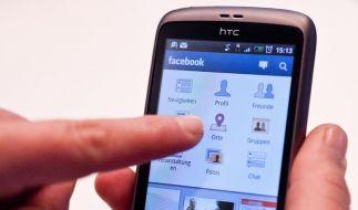 Facebook bringt Werbung auf Smartphones (Foto)