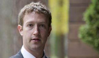 Facebook-Chef Mark Zuckerberg kann sich freuen: Seine Aktie schoss entgegen allen Unkenrufen steil nach oben. (Foto)