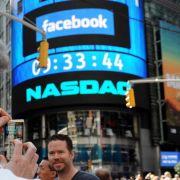 Facebook und die Börse. Bisher noch keine Erfolgsgeschichte.