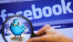 Facebook vs. Twitter (Foto)