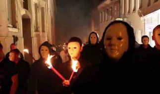 Fackelmarsch durch Stolpen: Die Unsterblichen sind auf Propaganda-Feldzug. (Foto)