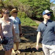 Familie Reimann ist im Hochzeitsfieber! Konny und Manu haben Töchterchen Janina und ihren Zukünftigen Coleman zu Besuch im hawaiianischen Zuhause Konny Island III.