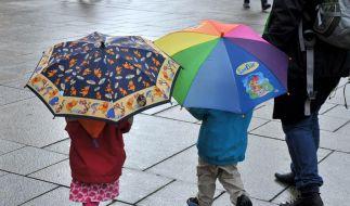 Familie zieht weg: Kinder Abschied selbst gestalten lassen (Foto)