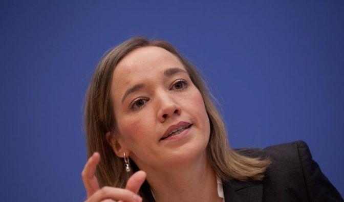 Familienministerin Schröder hält am Betreuungsgeld fest (Foto)