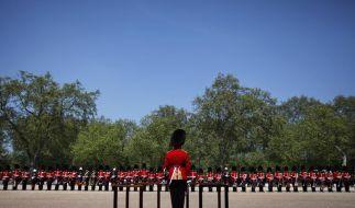 Fanfarenbläser stellen Rekord zu Ehren der Queen auf (Foto)