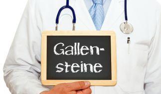 Fast 12.000 Gallensteine wurden einer indischen Frau aus dem Bauch entfernt. (Foto)
