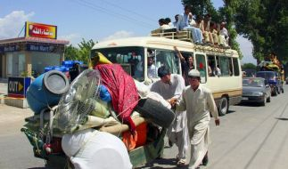 Fast eine Million Menschen ist im Norden Pakistans auf der Flucht. (Foto)
