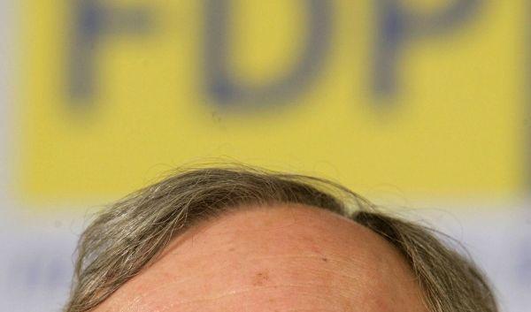 FDP-Innenexperte Max Stadler kritisiert die Terrorwarnungen der Union. (Foto)