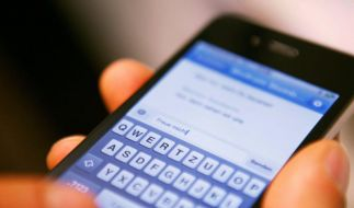 Feature: Messenger-Programme attackieren SMS (Foto)