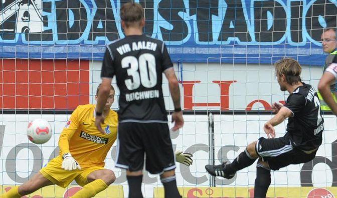 Fehlstart für Duisburg - Aufsteiger Aalen gewinnt 4:1 (Foto)