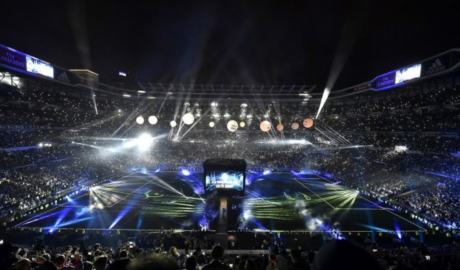 Feierlichkeiten im Bernabeu Stadion von Madrid am 29. Mai 2016, nachdem Real Madrid seinen Stadtrivalen Atletico im Finale der UEFA Champions League am 28. Mai 2016 besiegt hatte. (Foto)