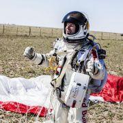 Felix Baumgartner nach seinem legendären Stratosphären-Fallschirmsprung im Oktober 2012.