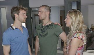 Felix (Thaddäus Meilinger) ist am Ende: Weder sein Bruder (Eric Stehfest) noch seine große Liebe Sunny (Valentina Pahde) können ihm seine Taten verzeihen. (Foto)