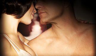 Fernbeziehung und Sexlosigkeit? Muss nicht sein, verspricht eine Firma. Sie will den Fernsex möglich machen. (Foto)