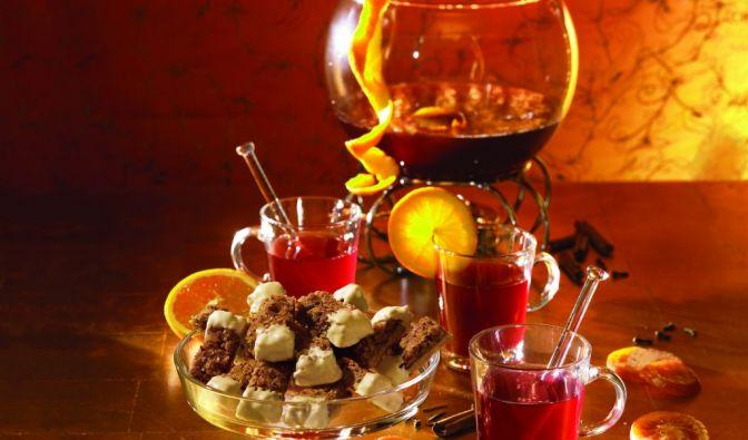 Feuerzangenbowle mit Orangennote (Foto)