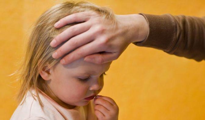 Fieber bei Kindern nicht um jeden Preis senken (Foto)