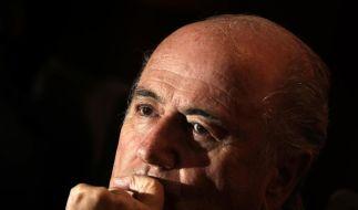 Fifa-Boss Joseph Blatter steht schwer in der Kritik - mal wieder. (Foto)