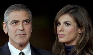 FILE - In this Oct. 17, 2009 file photo, US actor George Clooney, left, and Italian actress Elisabet (Foto)