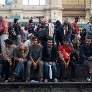 Flüchtlinge im Ostbahnhof von Budapest. (Foto)