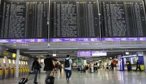 Fluglotsen wollen streiken (Foto)