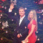 """Formel-1-Weltmeister Nico Rosberg und seine Frau Vivian Sibold bei der Spendengala """"Ein Herz für Kinder"""". (Foto)"""