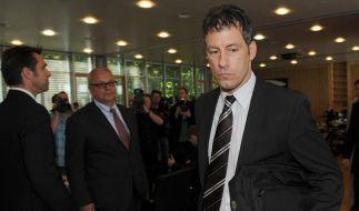 Fortuna - Hertha: Schiri Stark erhebt massive Vorwürfe gegen Hertha-Profis (Foto)